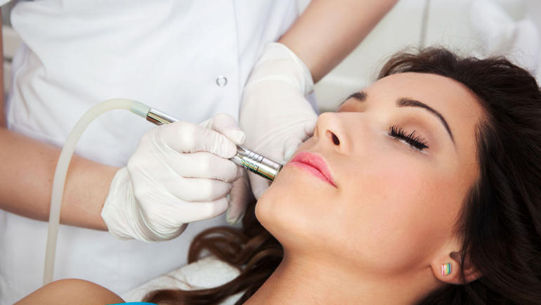 Spotlight on Dermal Microneedling